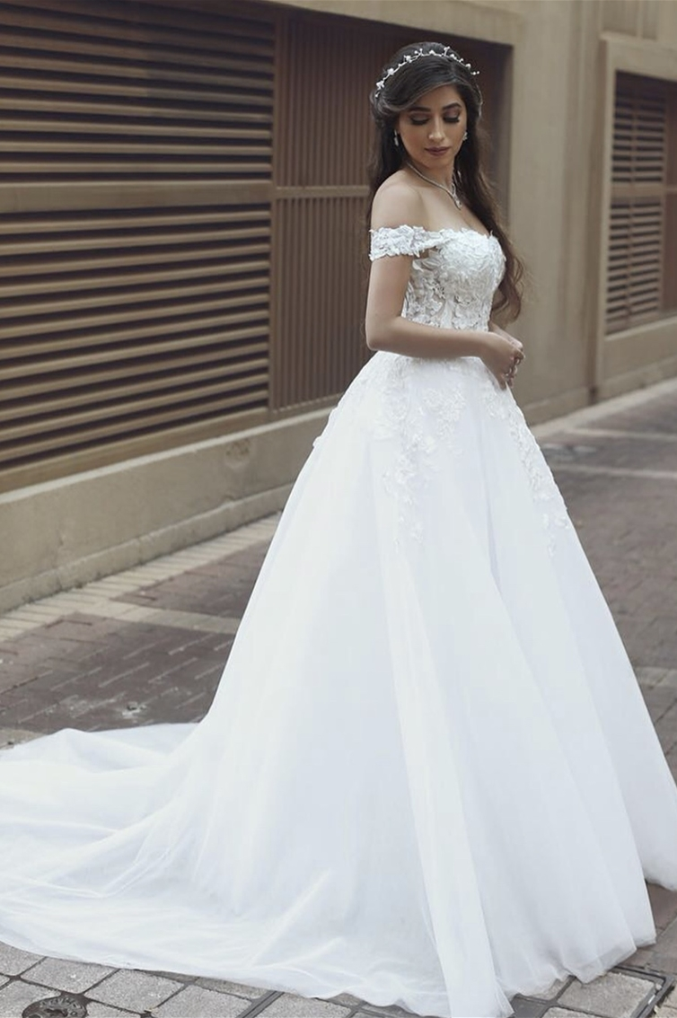 SOFT CHARM - OFF-SHOULDERS - PRINCESS CUT