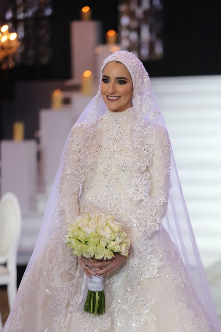 FLORAL MODESTY - LONG SLEEVES - A-LINE CUT (VEIL)