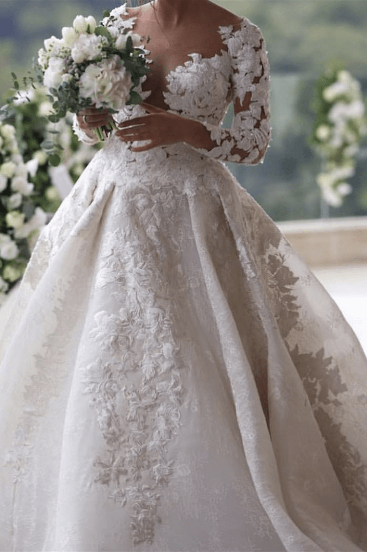 WHITE FLOWERS - LONG SLEEVES  - PLUNGING NECKLINE - BALL GOWN
