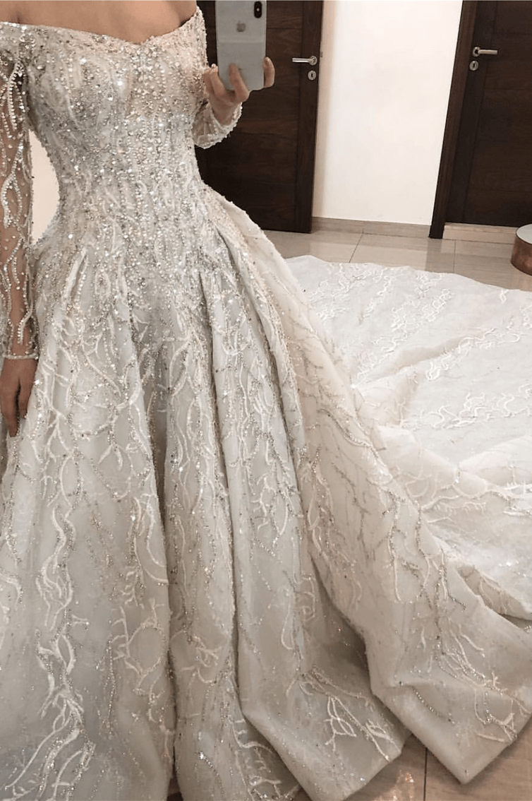 MAJESTIC GLIMMER - LONG SLEEVES BALL GOWN